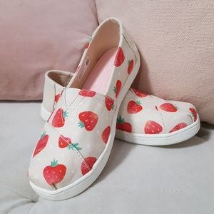 Strawberry Toms Shoes